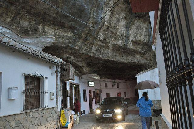 strange town in Spain-07