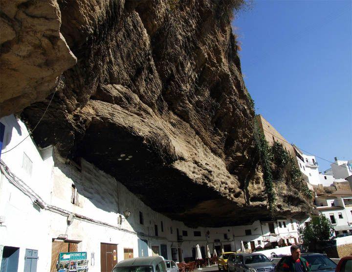 strange town in Spain-10