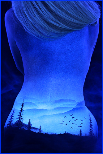 Black Light Bodyscapes-03
