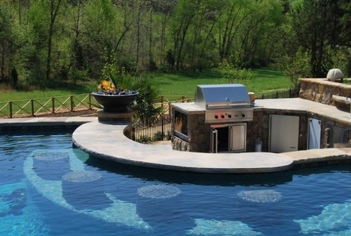 A Bar You Can Swim Up To