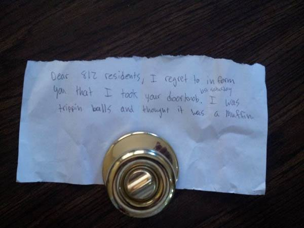 A note for taking door knob