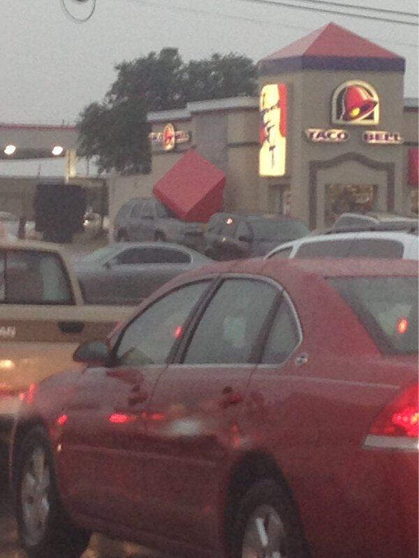 This car at Taco Bell