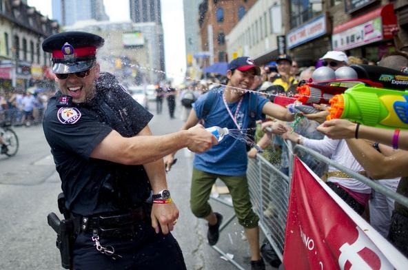 Cops Having Fun-06