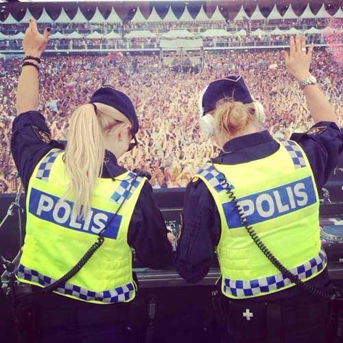 Cops Having Fun-20