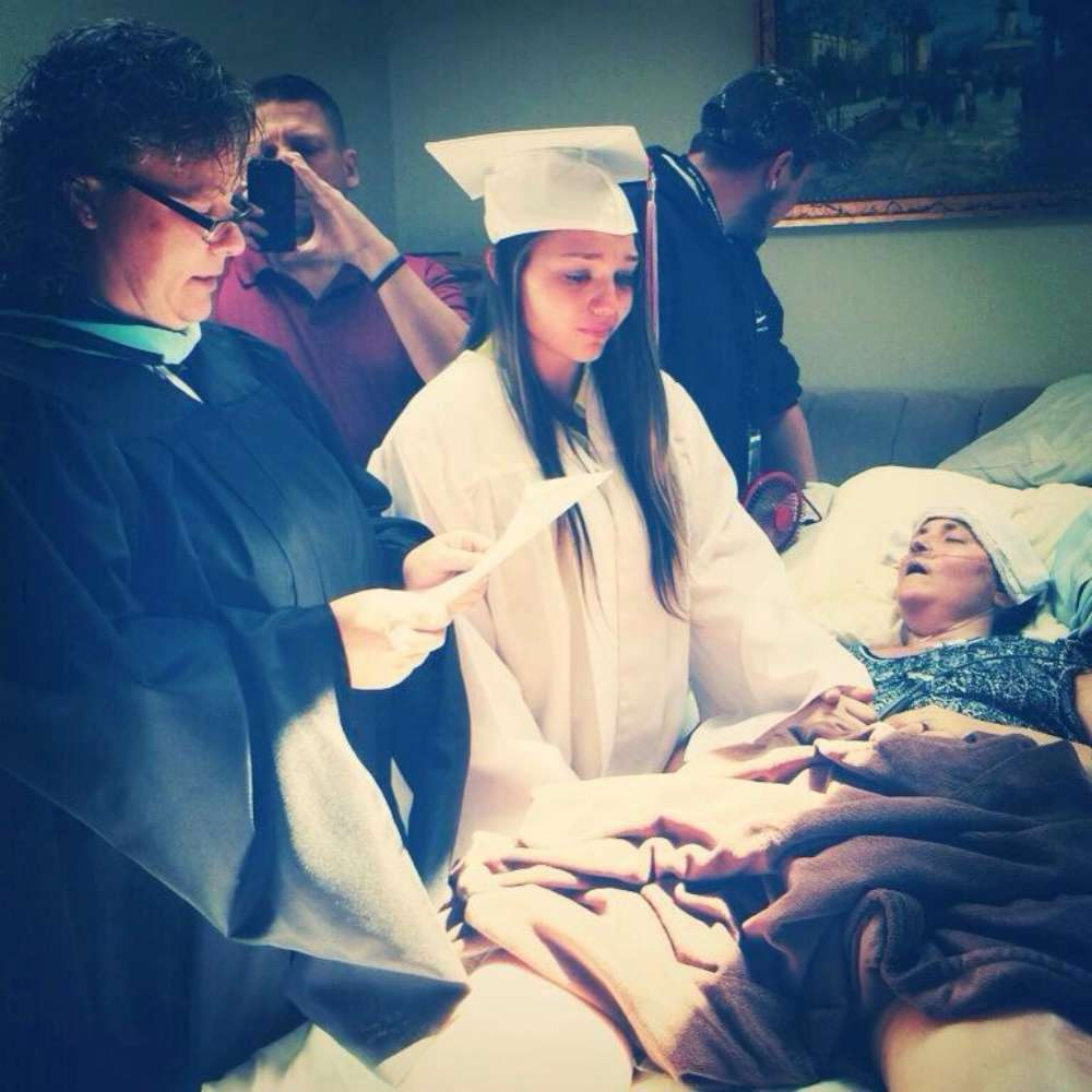 Girl graduates in front of her terminally ill mother.
