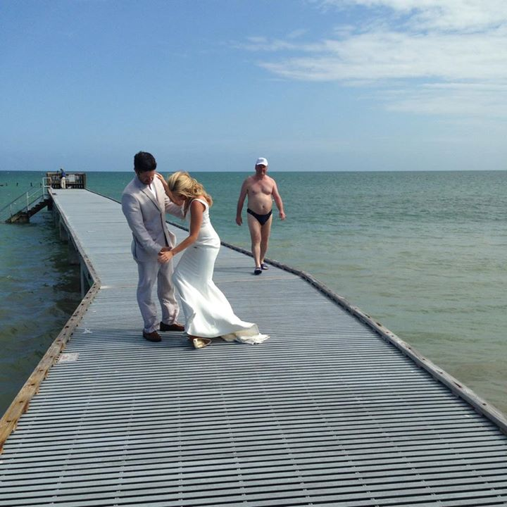 This Thong Wedding Pic
