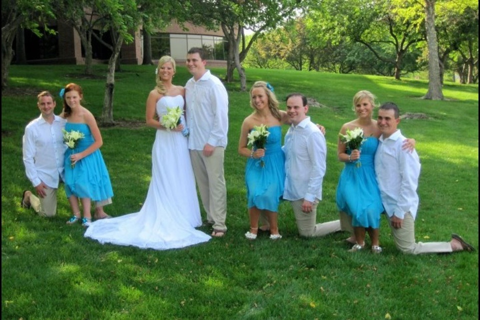 these bridesmaids are not little people.