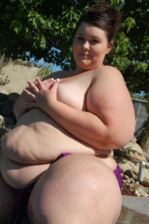 Funny fat girls naked