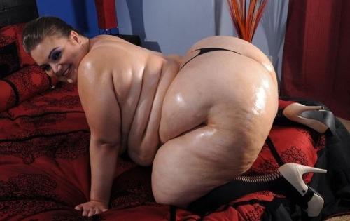 Nude pics of mature ebony