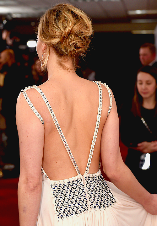 jennifer lawrence back