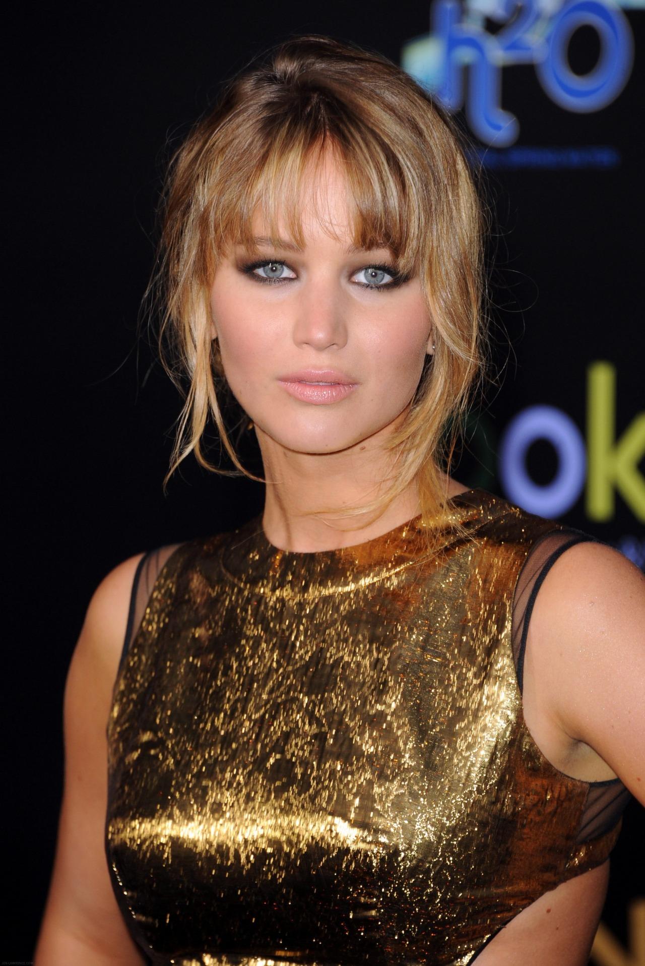 Jennifer Lawrence hot new pics
