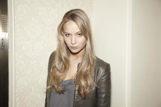 Jennifer Lawrence sexy look