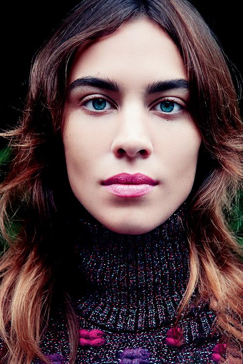 alexa chung eyes