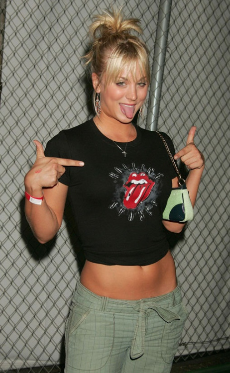 kaley cuoco photos