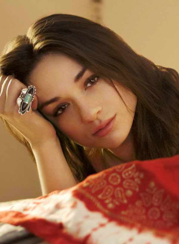 Crystal Reed - Crystal Reed pictures and photos