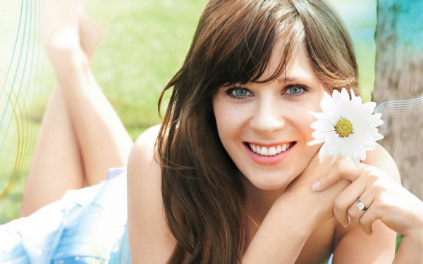 Zooey Deschanel pictures and photos