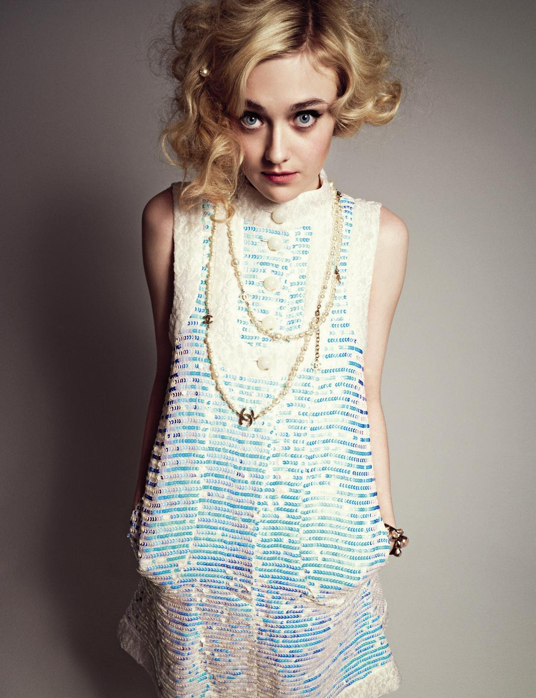 The 30 Best Sexy Pictures of Dakota Fanning I Am Sam Elle Fanning
