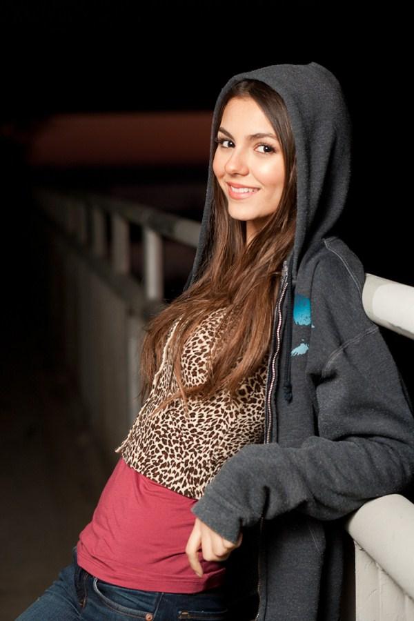 victoria justice in hoodie