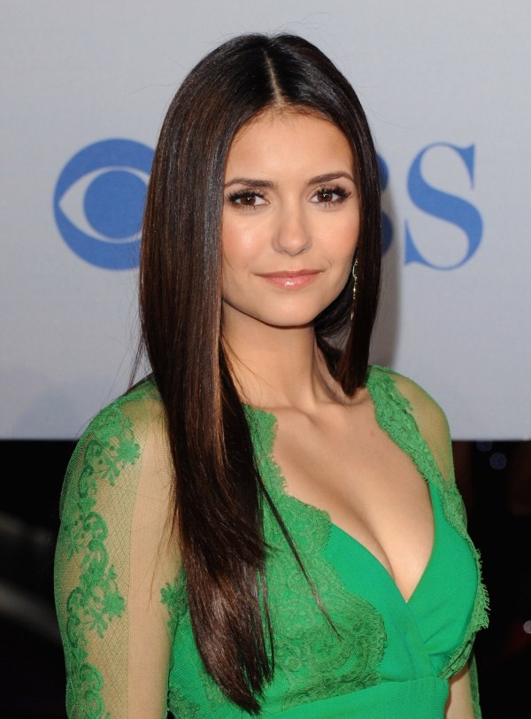 what is the size of nina dobrev boobs