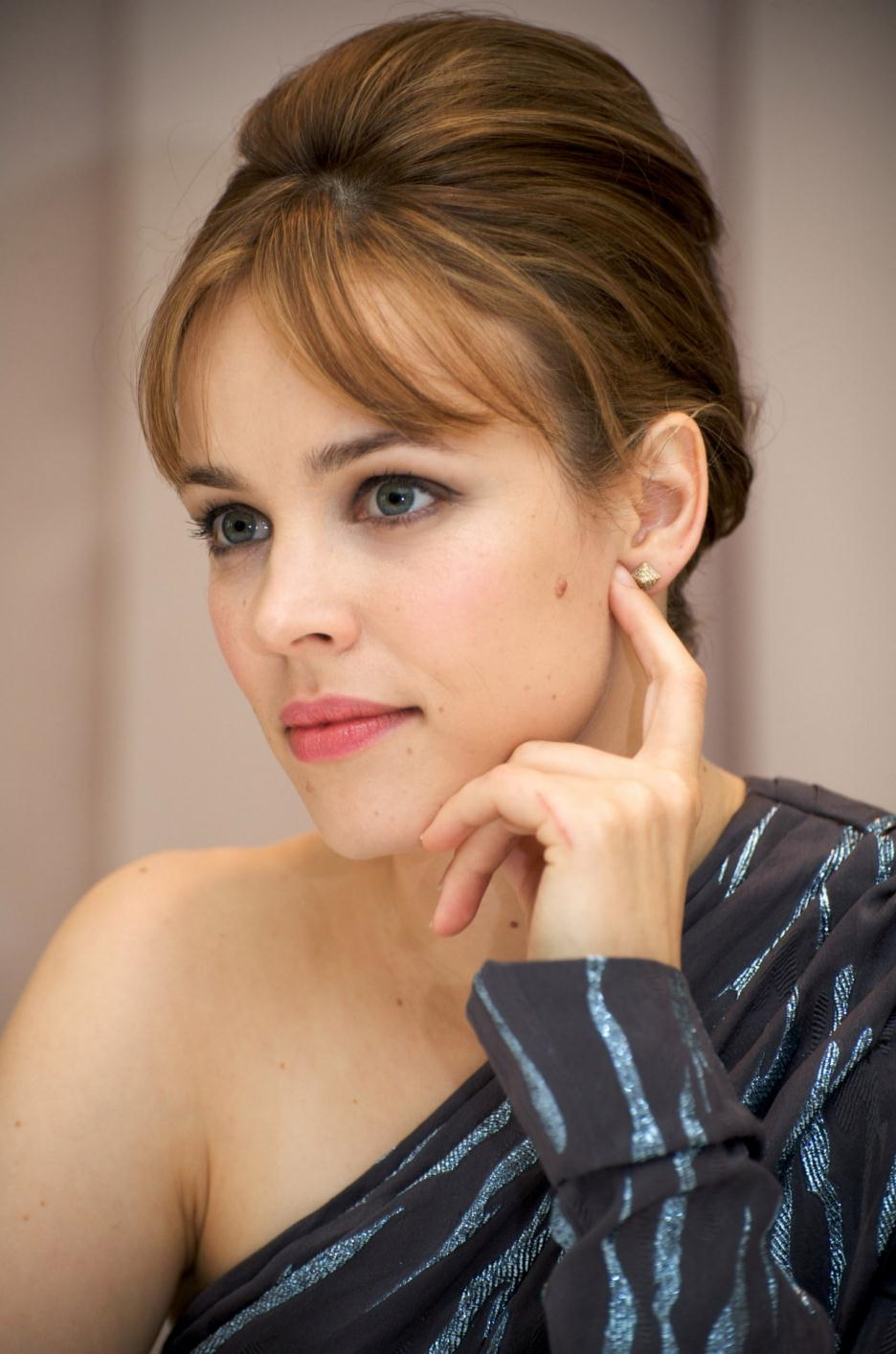 22 Best Sexy Rachel McAdams Pictures Of All Time Rachel Mcadams