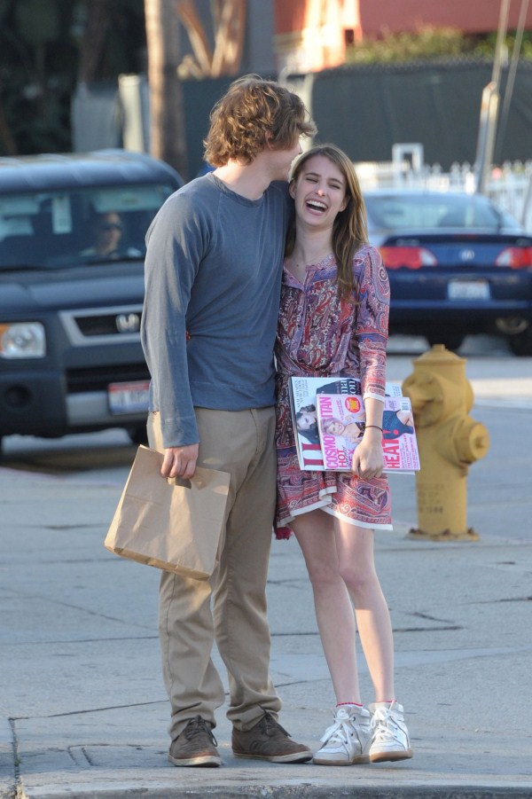 Emma Roberts, Evan Peters Dating Again After Splitting For Second Time ...