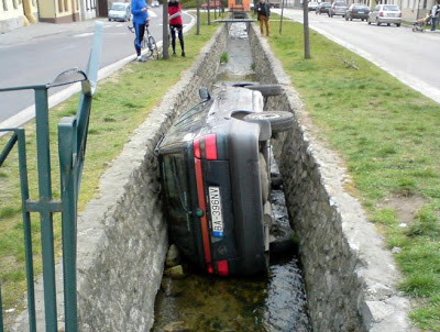 funny car crash pictures