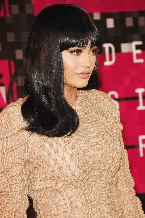 kylie jenner hair color and hairstyle