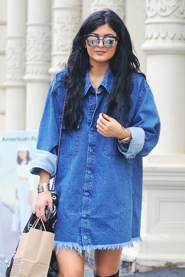kylie jenner in sexy jeans dress