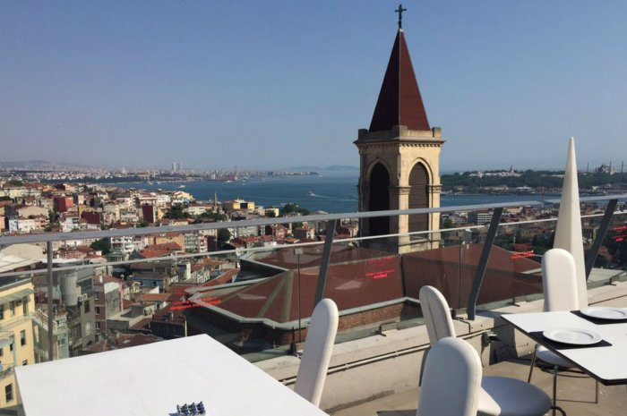 360 rooftop bar, Istanbul