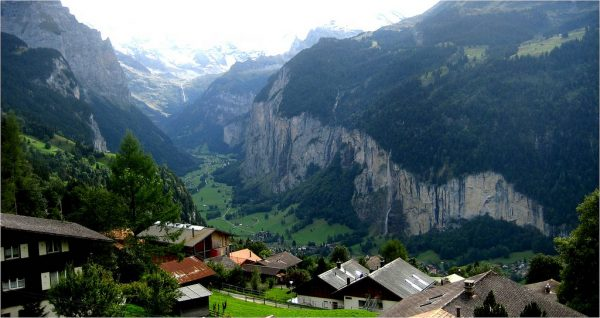lauterbrunnen-valley-switzerland