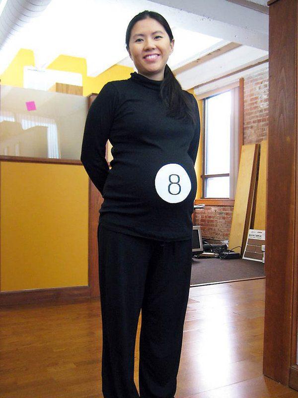 pregnant-costume-ideas
