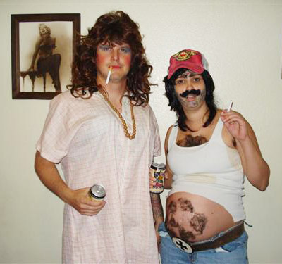 pregnant-costumes-for-halloween