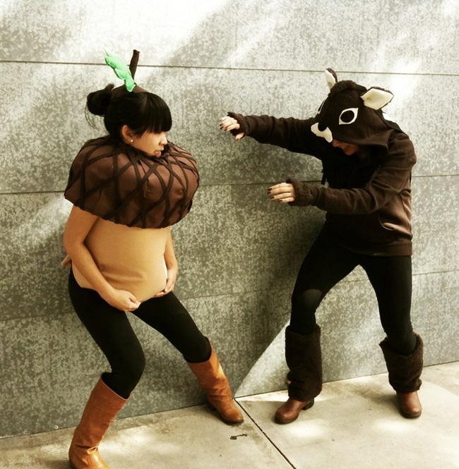 pregnant-couple-halloween-costumes