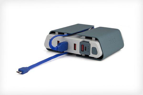 Tylt Energi Desktop Charging Station