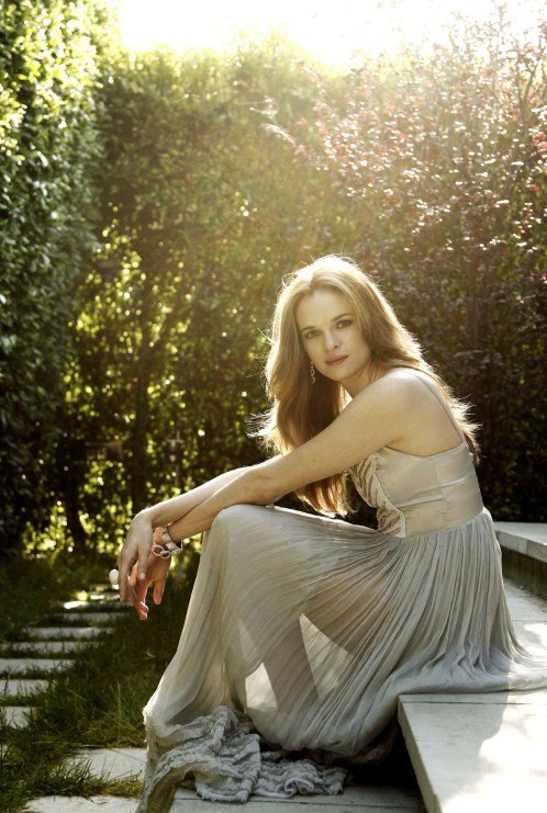 danielle-panabaker-hot-photos