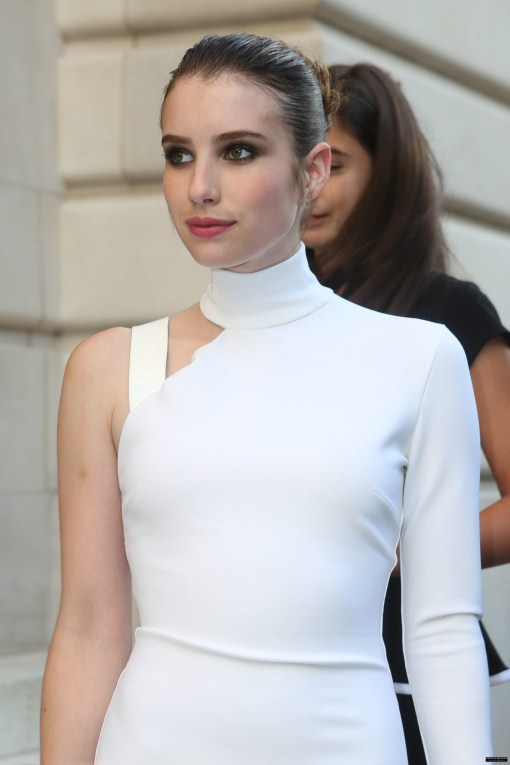 emma roberts fashion and style