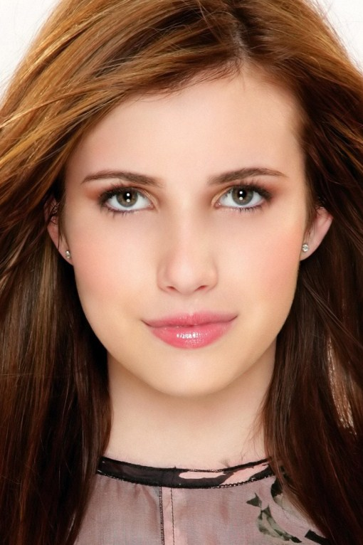 emma roberts lips and eyes