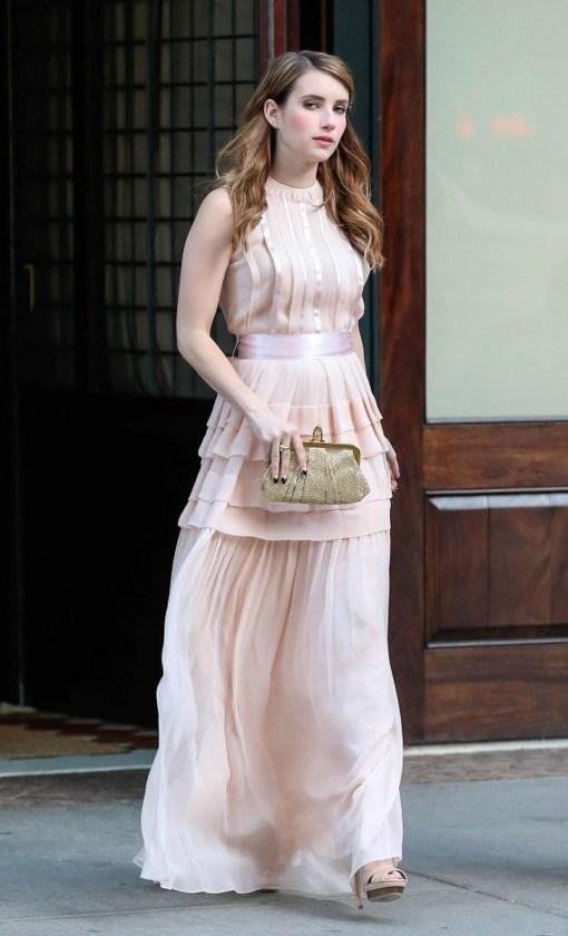 emma roberts pink dress