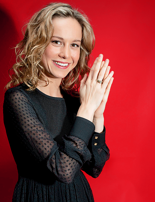 Brie Larson showing engagement ring