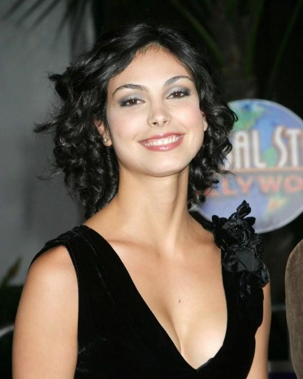 Morena Baccarin sexy smile