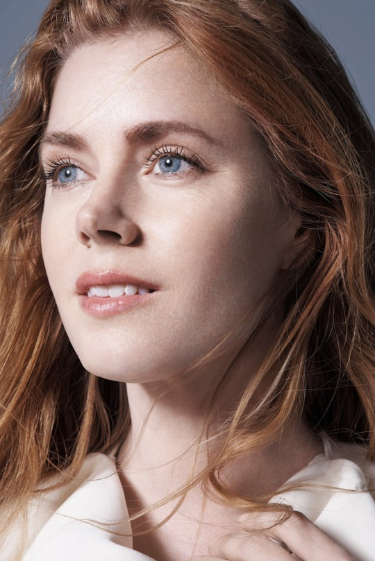 amy adams eyes