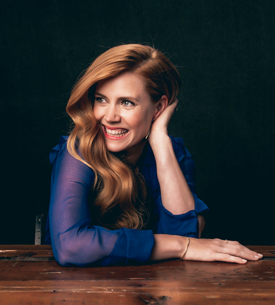 amy adams sexy smile