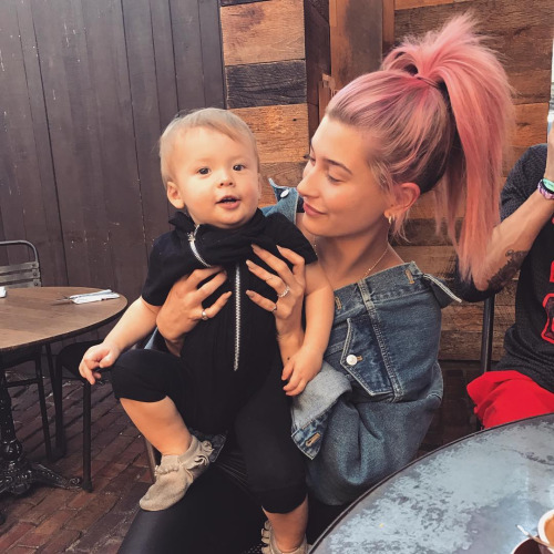 hailey baldwin with baby