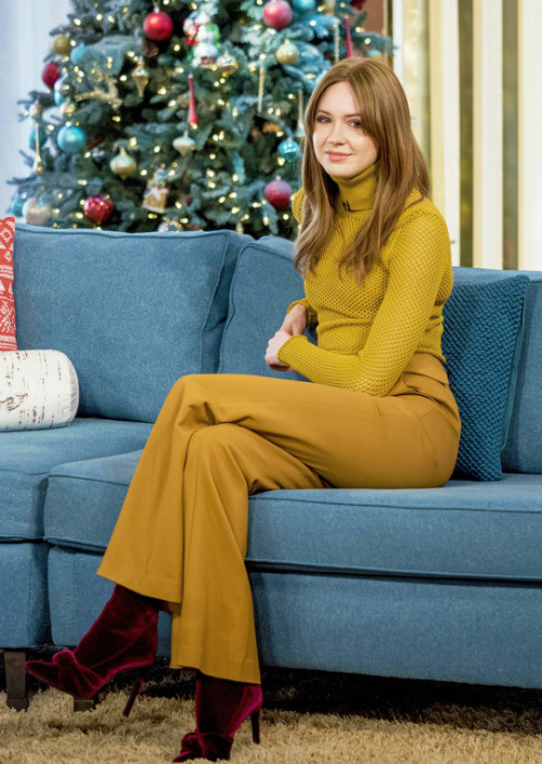 karen gillan christmas evening